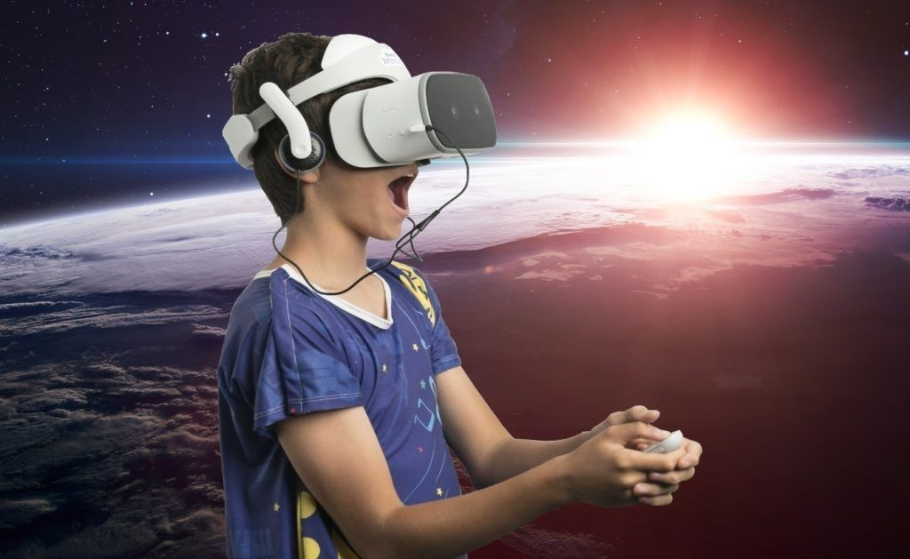 Lenovo Mirage Solo VR Experience Offered to Starlight Children's Foundation